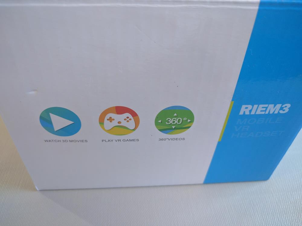 HueLiv RIEM 3 VR Headset (2)